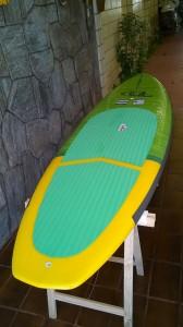 """""""D"""" 9.6x31x4½ - O modelo mais surf da família Aloha possui a rabeta Diamond (""""D"""") é a famosa prancha """"MIDDLE"""" do SUP, ideal para o surfista que curte o surfar com estabilidade e para os remadores mais leves que desejam uma prancha pequena fácil de carregar e que dê pra remar tranquilo."""